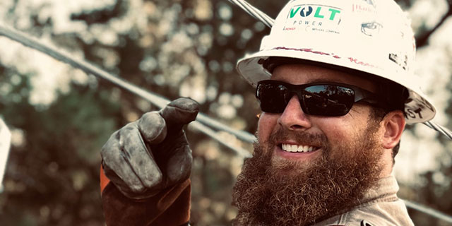 Powerlineman Profile: @east_coast_lineman